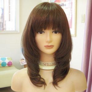 医療用ウィッグ カジュアルな巻き髪スタイル